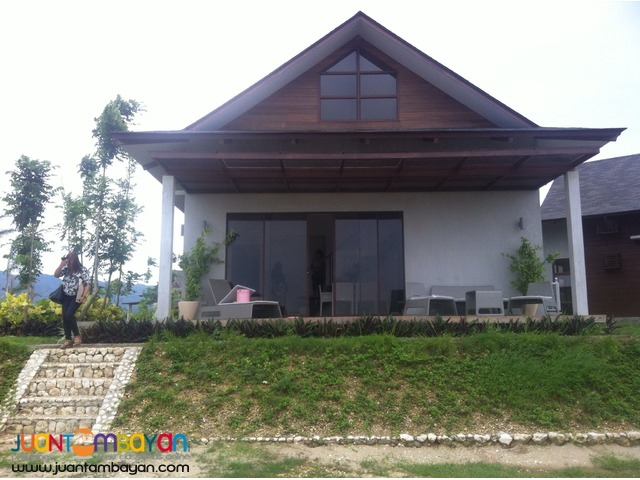 Beachfront House and lot at Guinsay, Danao for sale