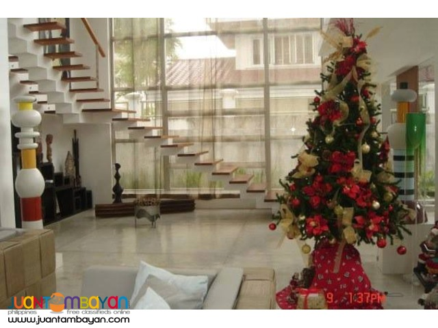 For Rent Furnished House in Cabancalan Mandaue Cebu - 5 Bedrooms