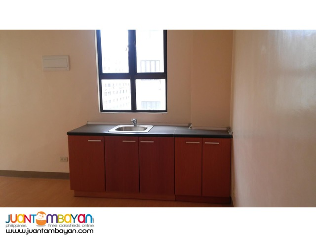 READY TO MOVE IN and Preselling near Ortigas, Megamall, Starmall