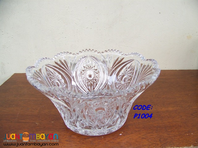 P1004 Bowl made of Crystal