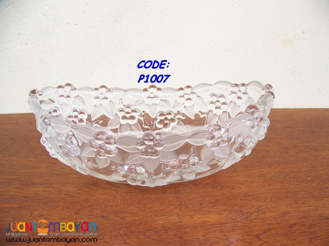 P1007 Crystal Dish, Soup or Fruit Bowl. Bought in USA. Brand New.