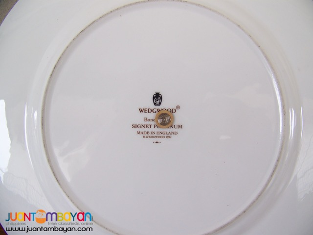 P1018 Single Service Plate, Wedgwood. Made in England