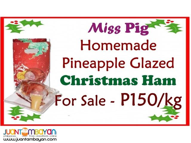 Homemade Pineapple Glazed Christmas Ham
