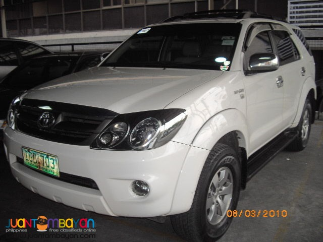 For rent-TOYOTA FORTUNER(white)-RENT A CAR