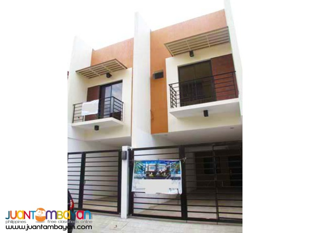 PH10 Townhouse in Tandang Sora Q.C For Sale