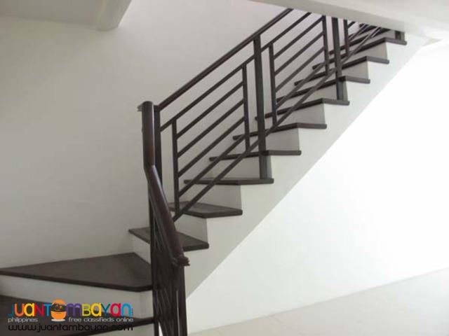 PH17 Townhouse in Tandang Sora Quezon City