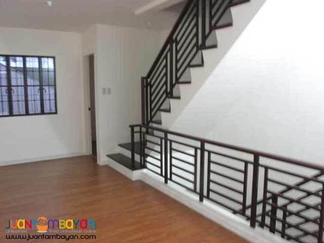 PH17 Townhouse in Tandang Sora Quezon City