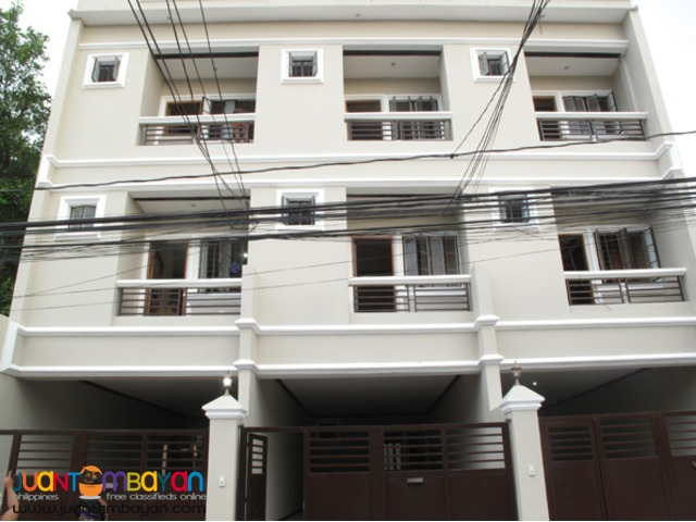 PH18 Tandang Sora Townhouse for Sale