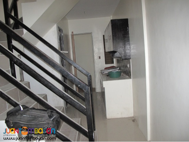 PH34 Classy Townhouse in Project 8
