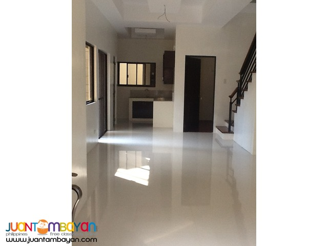 PH41 Classy Townhouse at Congressional QC
