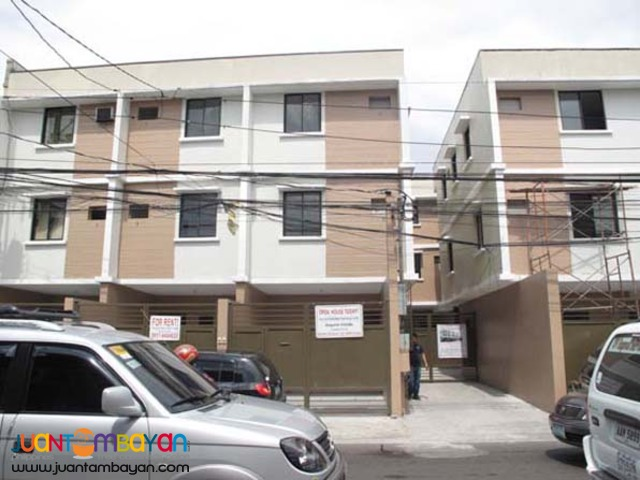 PH238 Townhouse in Teachers Village Quezon City For Sale