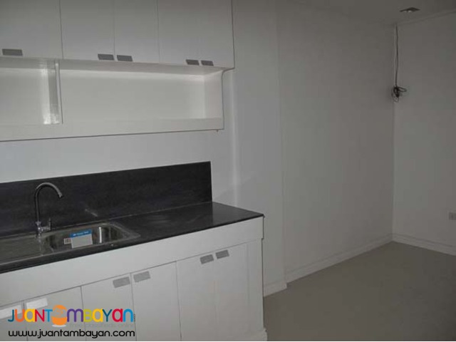PH57 Townhouse in Teachers Village for Sale