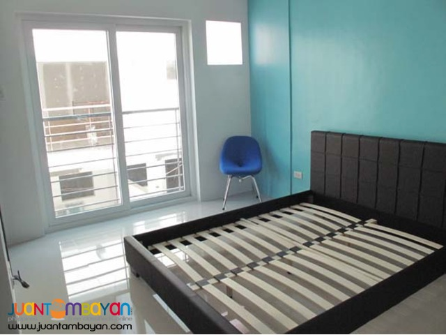 PH127 Mandaluyong House and Lot for Sale