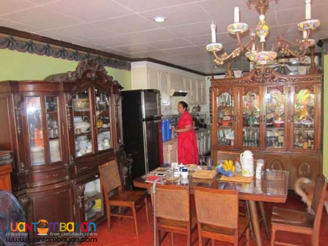 PH293 House and Lot in Makati City for Sale