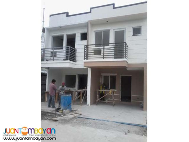 PH01 Townhouse in Mindanao Avenue Quezon City