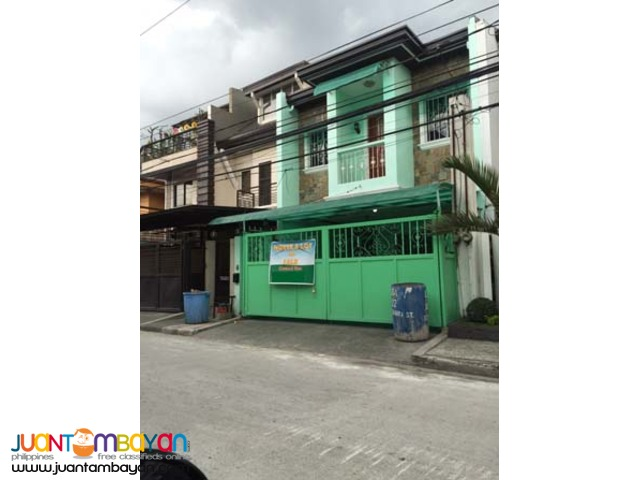 PH175 Townhouse in Greenwoods Pasig