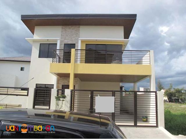 PH183 Pasig City House