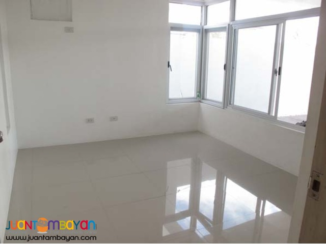 PH185 Townhouse in Pasig for sale