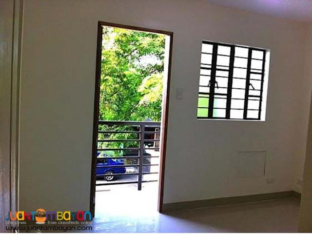 PH29 House in Mindanao Ave Quezon City