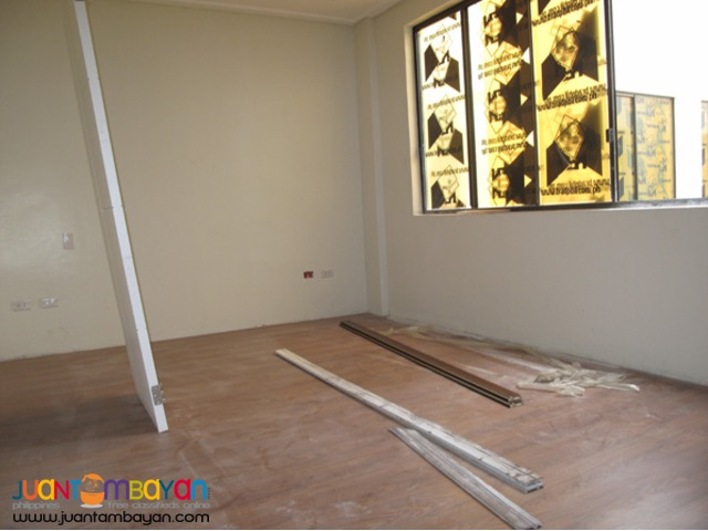 PH54  House and Lot in West Ave Quezon City