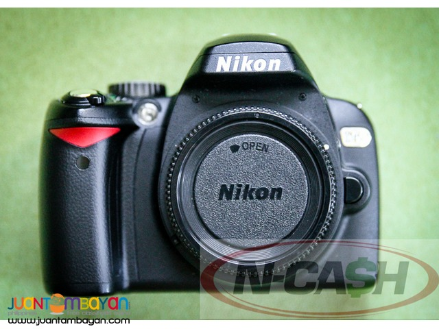 N-CASH Camera Pawnshop - Nikon D60 with 18-55mm VR and 70-300mm Lenses