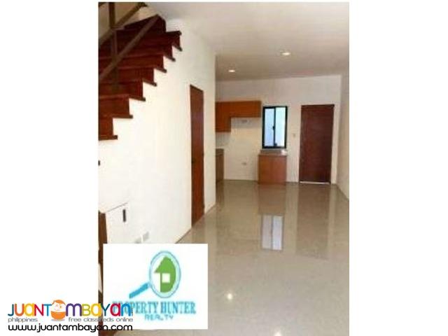 PH251 House in Parañaque