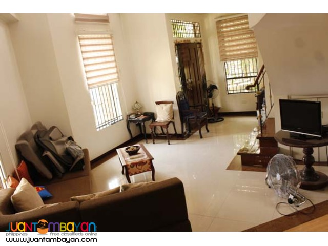 PH338 House and Lot in Fairview Quezon City