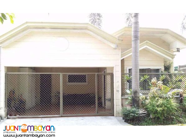 PH328 House and Lot in Batasan Hills Commonwealth Q.C