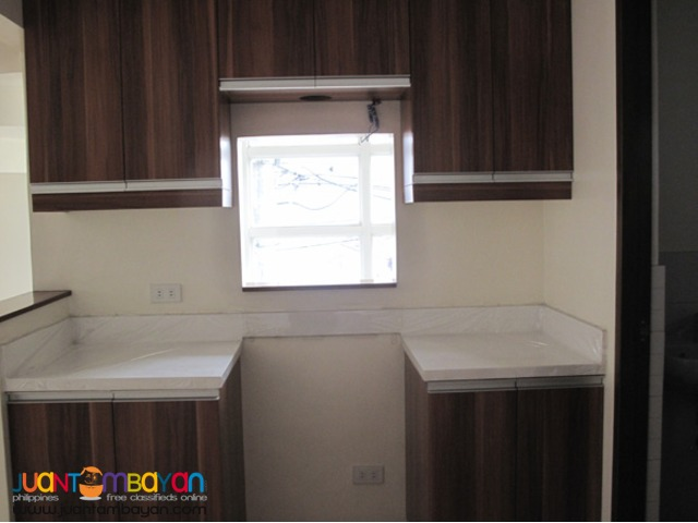 PH143 Magnificent Townhouse in Scout Area