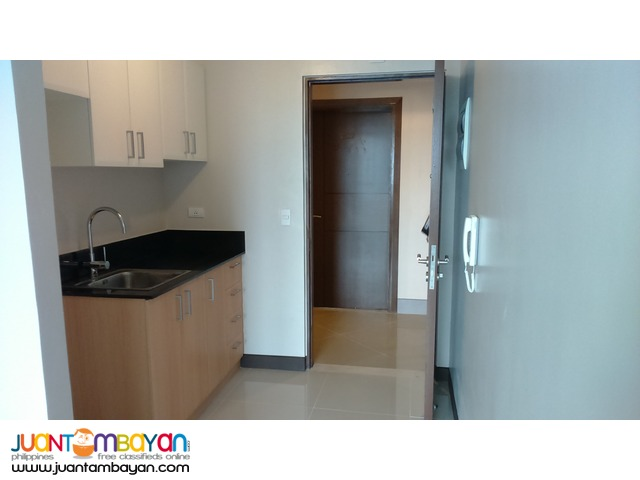CONDO for Rent at Manhattan Heights, Araneta Center