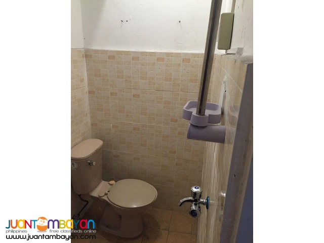 Condo Sharing Room Female Bedspace nr Makati Ave 4,300 For Rent