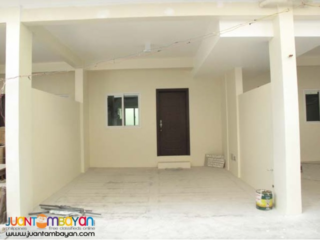 PH127 Mandaluyong House and Lot