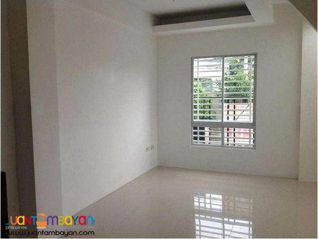 PH253 House and Lot in Pasig For Sale