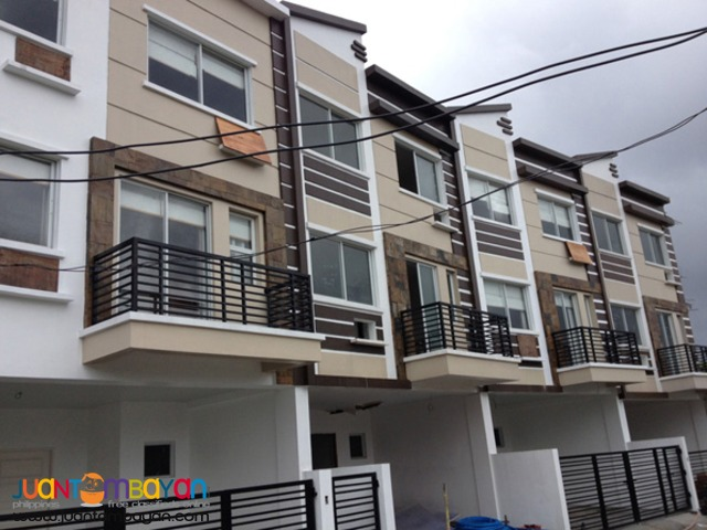 PH201 A Bonifacio Townhouse for Sale