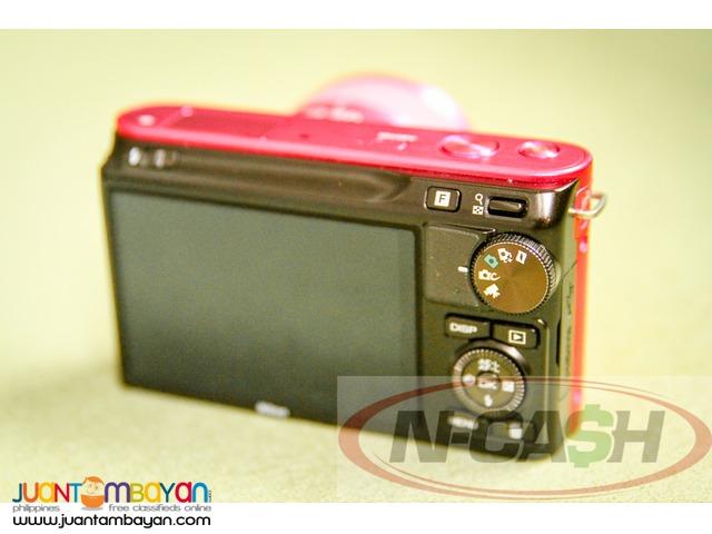 N-CASH Gadget Pawn - Nikon 1 J2 Camera with 10-30mm Lens