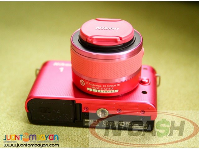 N-CASH Gadget Pawn - Nikon 1 J2 Camera with 10-30mm Lens