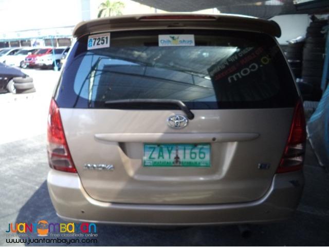 2005 Toyota Innova E