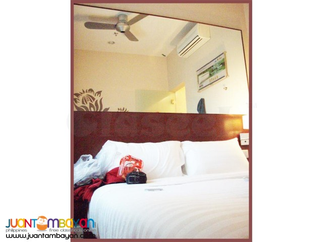 Stay in Manila, Red Planet Hotel near Mall of Asia