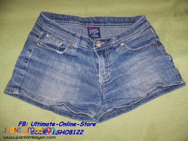 Pre-Loved LSHO8122 Paper Denim Cloth, Ladies Walking Shorts.
