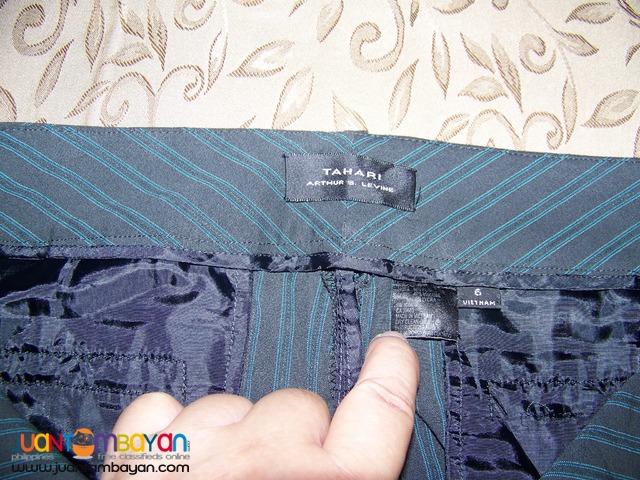 Pre-Loved, CAP8116 TAHARI  Ladies Pants. Bought in USA.