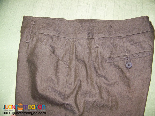 Pre-Loved CAP8107 NEW YORK & COMPANY, Ladies Pants. Bought in USA.