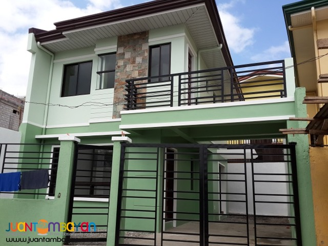 House and Lot at North Olympus, Zabarte QC