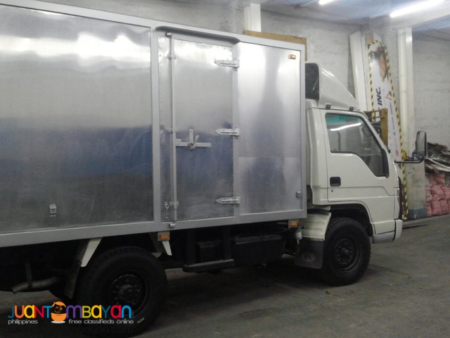 Brand New 6 Wheeler Aluminum Van Rivetless 17'