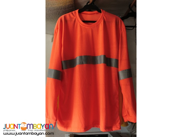 Long sleeves for construction workers
