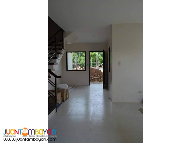 Sigle Attached 3BR-near Marikina and QC-Crystal Homes