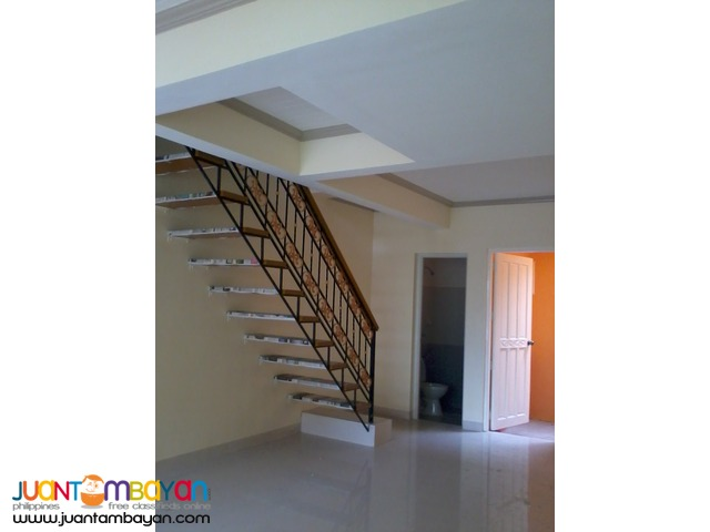 townhouse vista royal in Las Pinas City