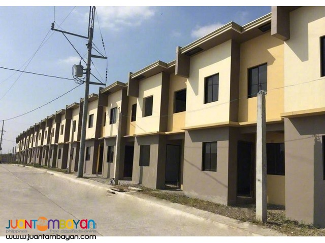 8k Monthly Townvilla 1 at Amaya Breeze Houses for Sale in Tanza Cavite