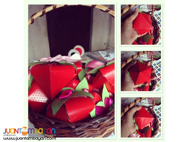 Strawberry Box Valentine's Treats