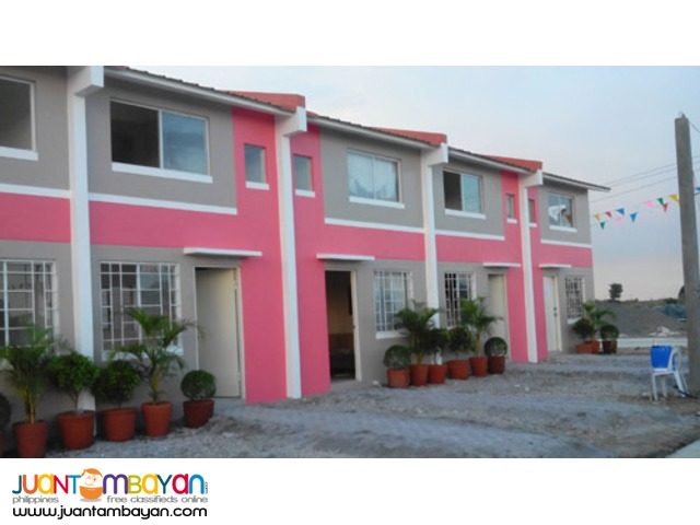 Townhouse in Wellington Tanza Cavite
