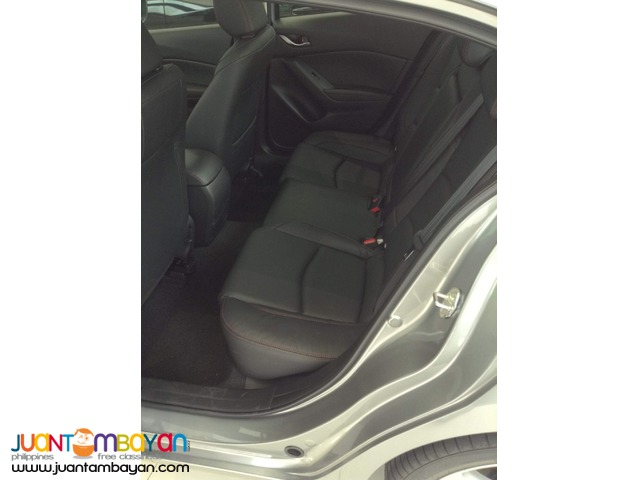 2016 Mazda 3 Skyactiv ( Free 3 yrs PMS for labor and parts)